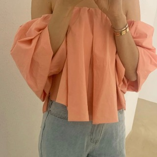 Linen off-shoulder blouse (ivory/ pink)