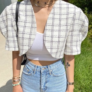 Check puff crop jacket